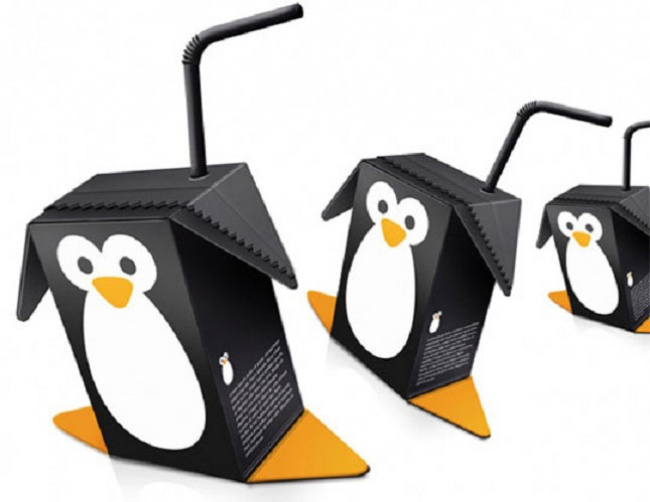 3922205-R3L8T8D-650-pinguin